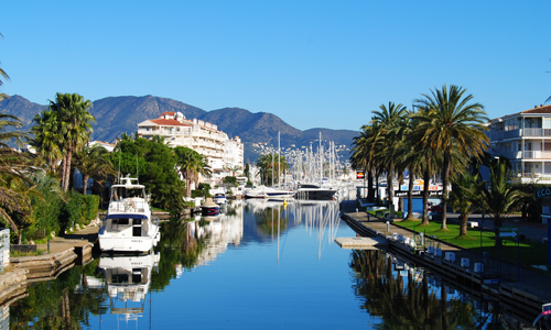 Rent a van in Empuriabrava